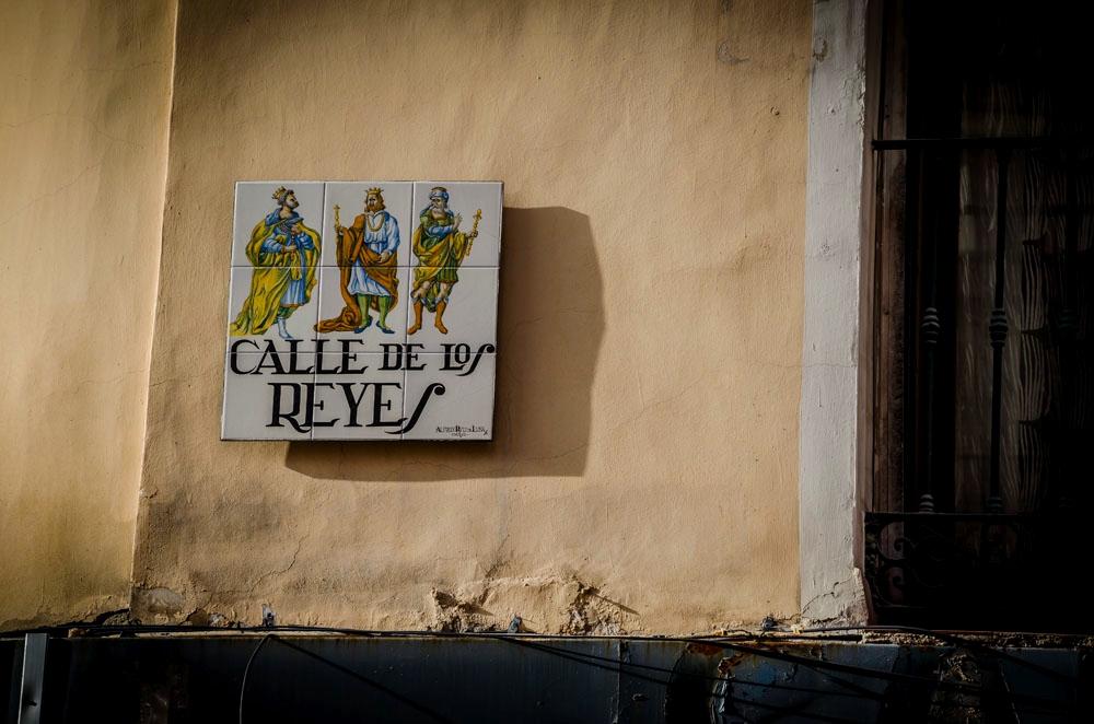 Calle de los reyes. madrid