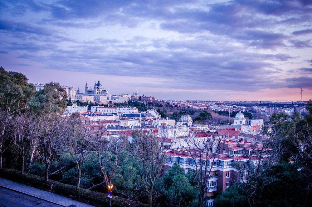 Blick über Madrid vom Tempo de Debod