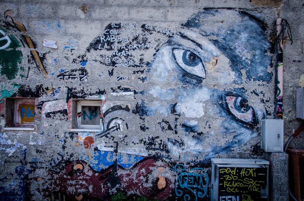 Polignano a mare, Graffiti