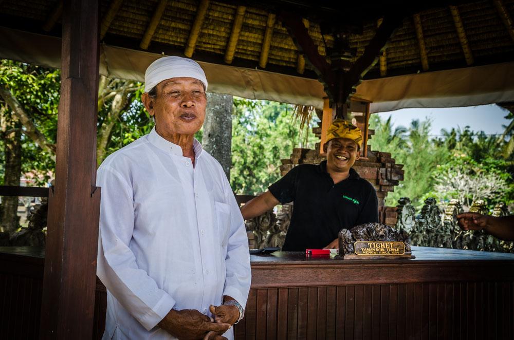 Lächeln Bali