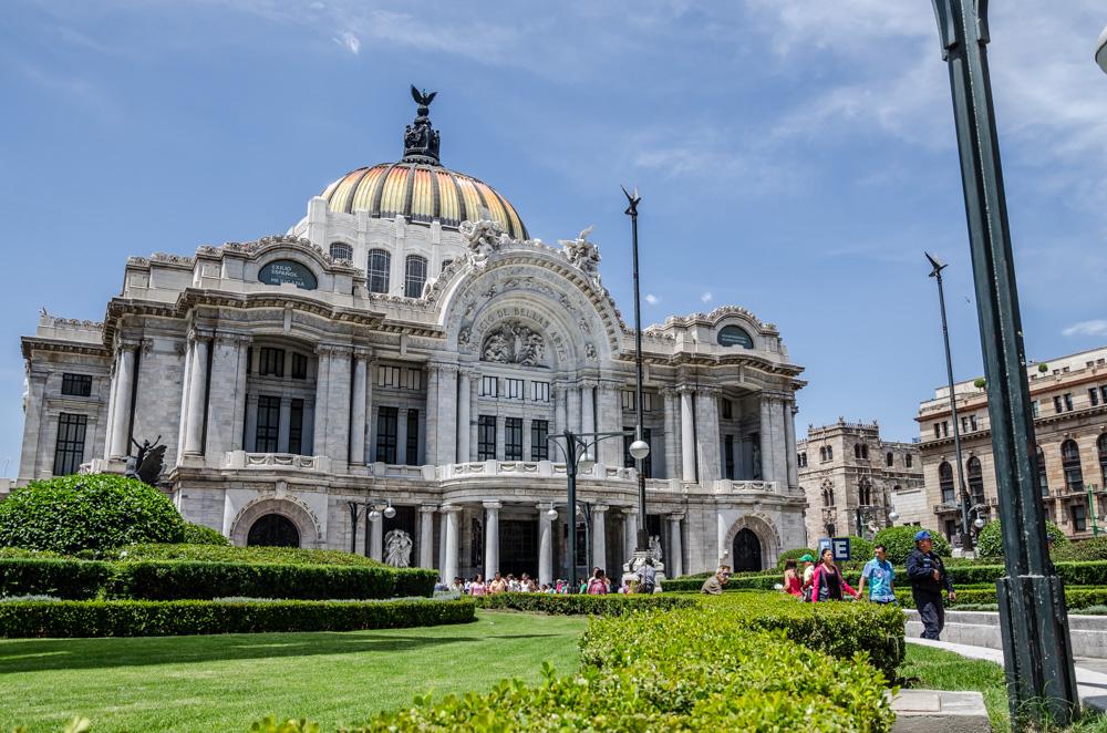 palacio bellas artes außen